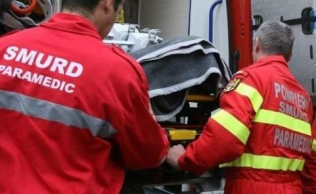 Un bărbat în vârstă de 27 de ani din Olteniţa și-a tăiat brațul cu flexul