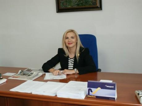 Deputat Raluca Surdu ( foto: editia.ro )