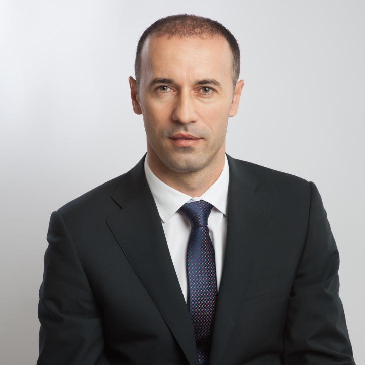 Iulian Dumitrescu, senator PNL