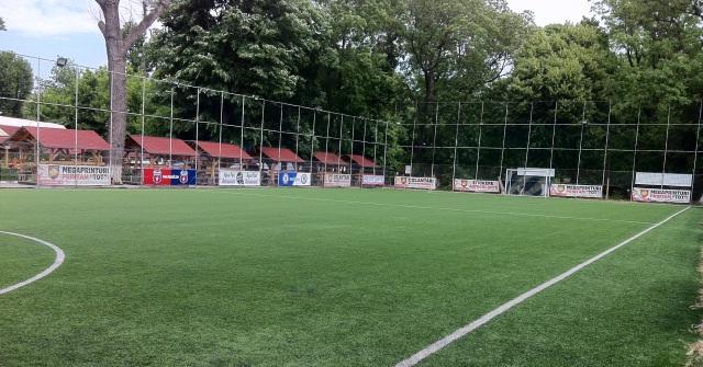 Terenul Sintetic Fotbal * Complex Aqua Parc Oltenit